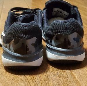 Nike Fex TR Control Size 1y boys